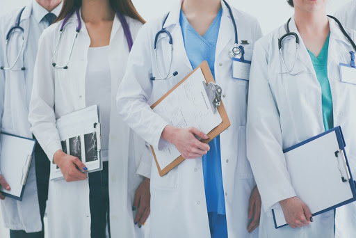 El trabajo de Médico es de los mejores pagados en México