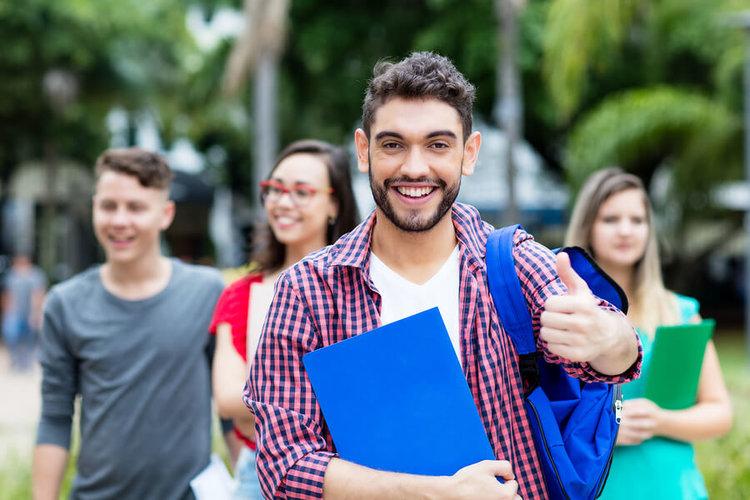 CBE, educación basada en competencias para jóvenes estudiantes