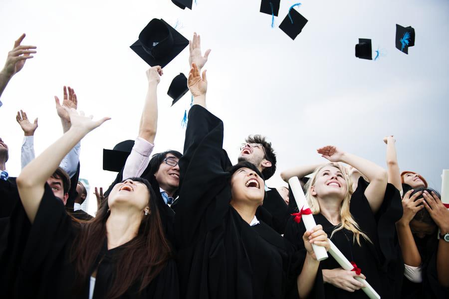 ¿Qué dedo elegir, maestría o diplomado?
